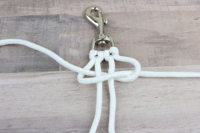 Starting the knots for the DIY Dog Leash Instructions: