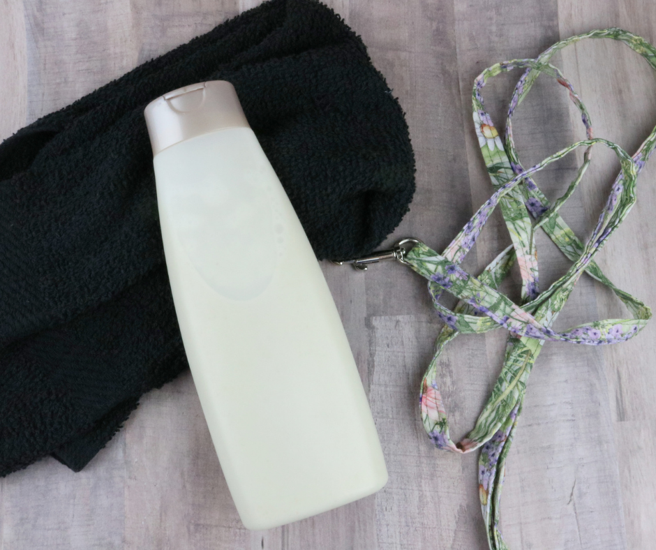 The Ultimate Guide for Washing Your Dog: Oatmeal Dog Shampoo Recipe
